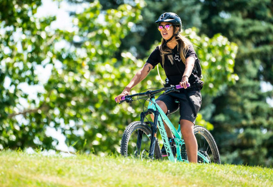 Winsport MountainBiking womanridingamountainbike